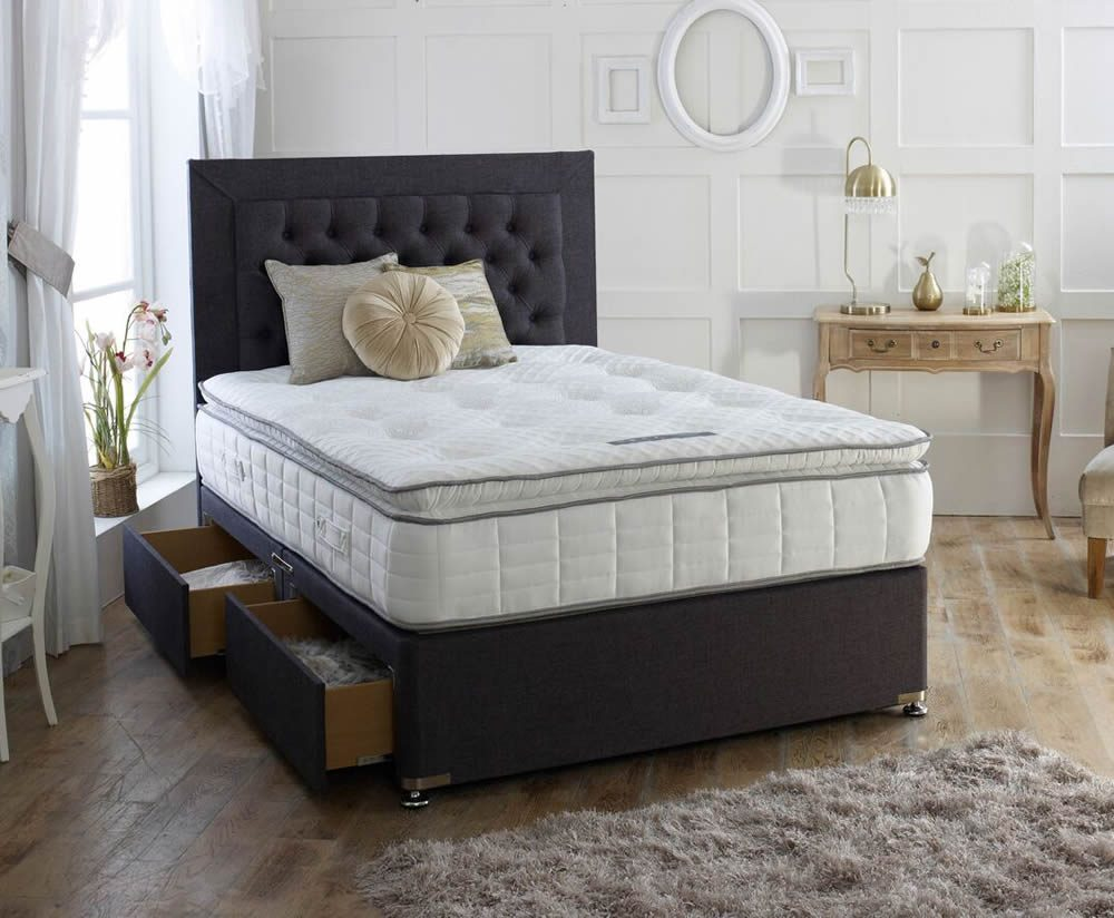 Cagliari 1000 bed Chesterfield